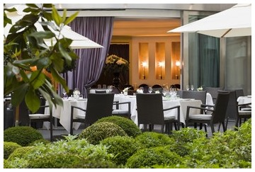 fouquets le diane paris champs elysees best luxury gourmet michelin restaurants paris france
